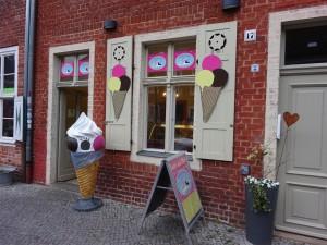 """Geschäft der Eismanufaktur """"vanille & marille"""""""